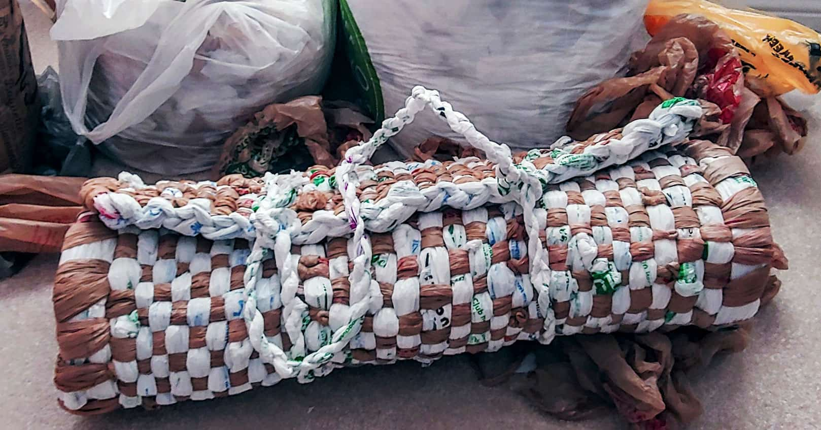 7 Steps To Making Sleeping Mats From Recycled Plastic Bags Teyla Rachel Branton
